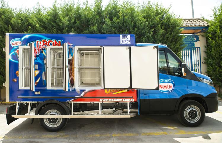 Фургон-мороженица на шасси Iveco Daily