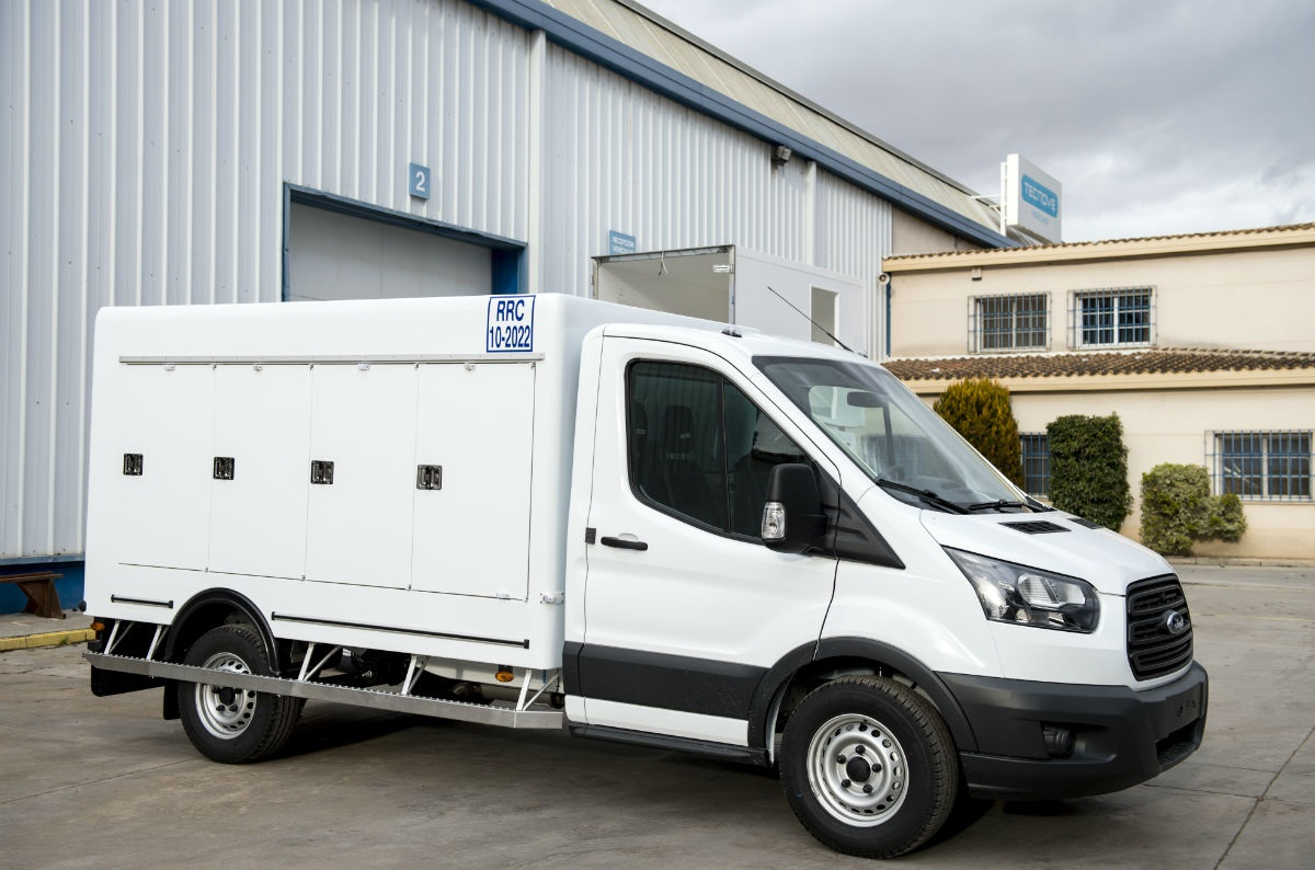 Изотермический фургон на базе Ford Transit