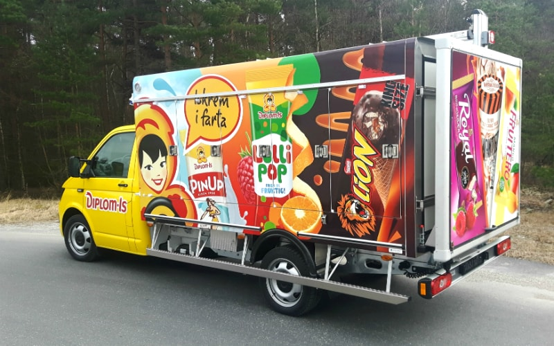 Refrigerated truck body on VW T6 chassis
